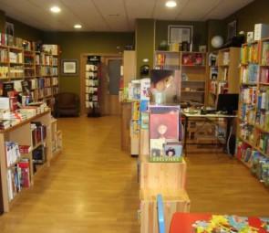 Librería Lenda - Bertamiráns. Interior